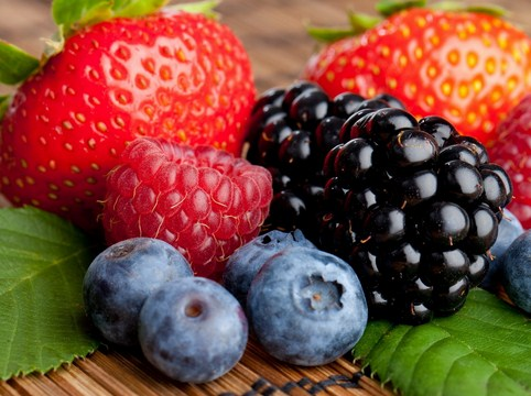 Buah berry segar