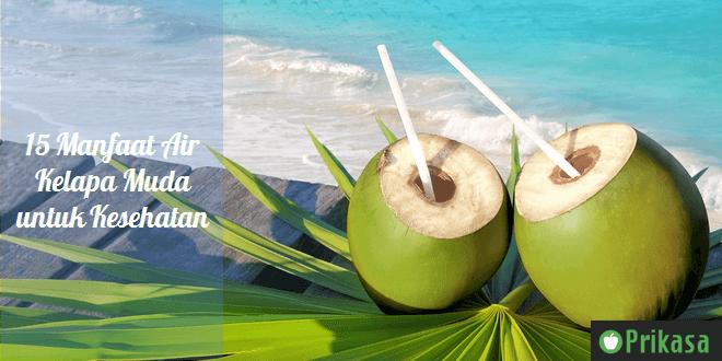 Ilustrasi manfaat air kelapa muda
