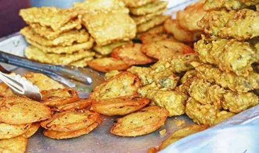 contoh makanan penyebab kolesterol